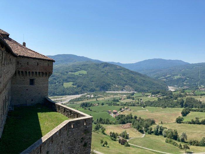 Bardi: uno dei più bei castelli in Italia