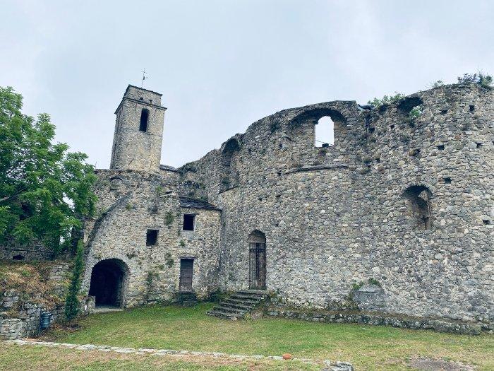 Il borgo di Bajardo