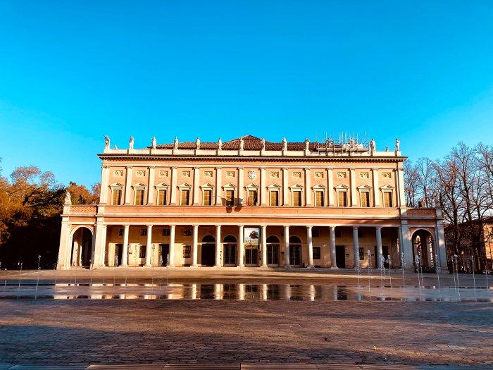 Il teatro Valli a Reggio Emilia
