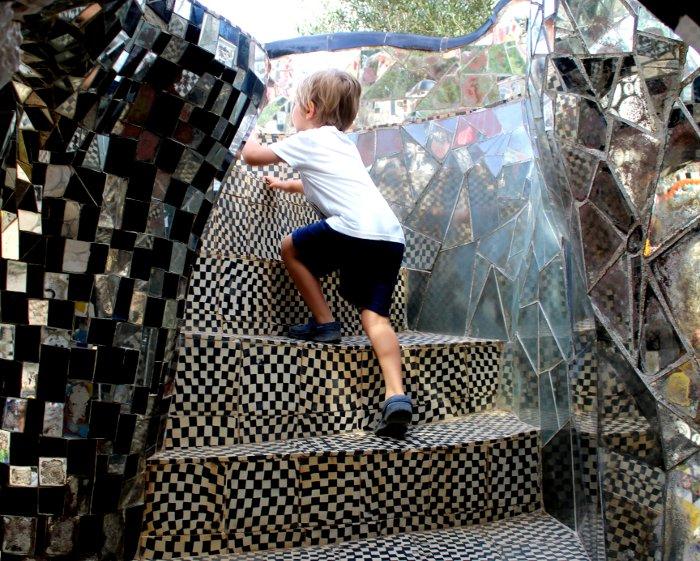 Bambini al Giardino dei Tarocchi