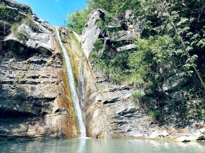 La Cascata termale del Carlone in Val Trebbia