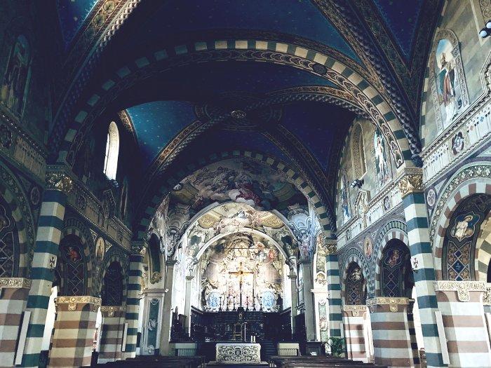 Cosa vedere a Bobbio: l'interno della Cattedrale